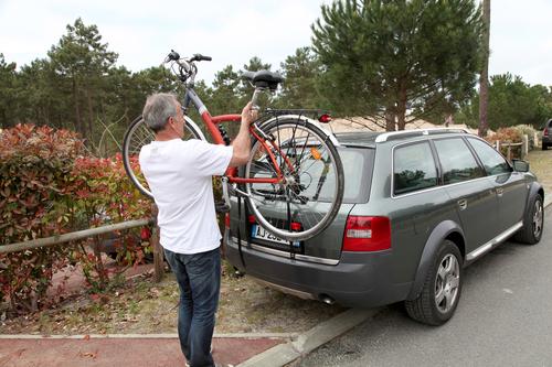 Tidsmæssigt Cykelholder til bilen IV-48
